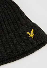 Lyle & Scott - MOULINE BEANIE - Čepice - true black/jade green - 6