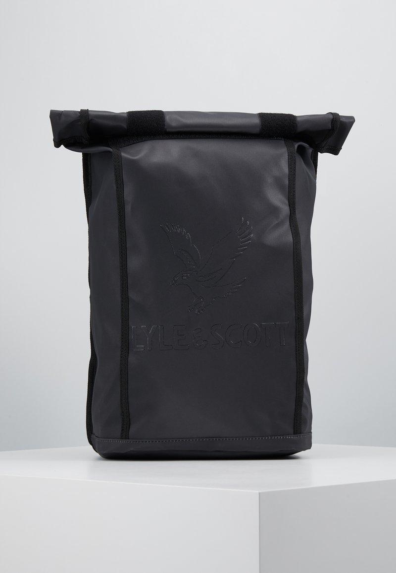 Lyle & Scott - ROLL TOP BACKPACK - Reppu - true black