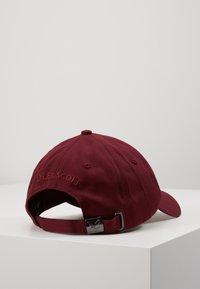 Lyle & Scott - BASEBALL - Cap - merlot - 0