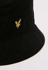 Lyle & Scott - BUCKET HAT - Hat - claret jug - 6