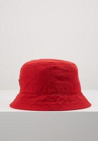 Lyle & Scott - BUCKET HAT - Hat - gala red - 4