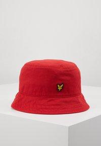 Lyle & Scott - BUCKET HAT - Hat - gala red - 0