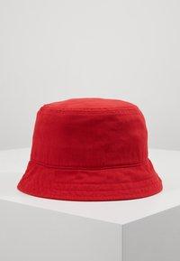 Lyle & Scott - BUCKET HAT - Hat - gala red - 3
