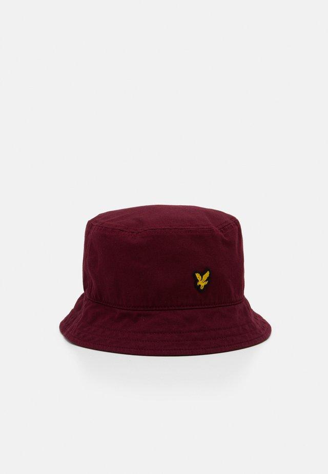 BUCKET HAT - Hat - merlot