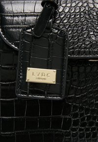 LYDC London - Håndveske - black - 6