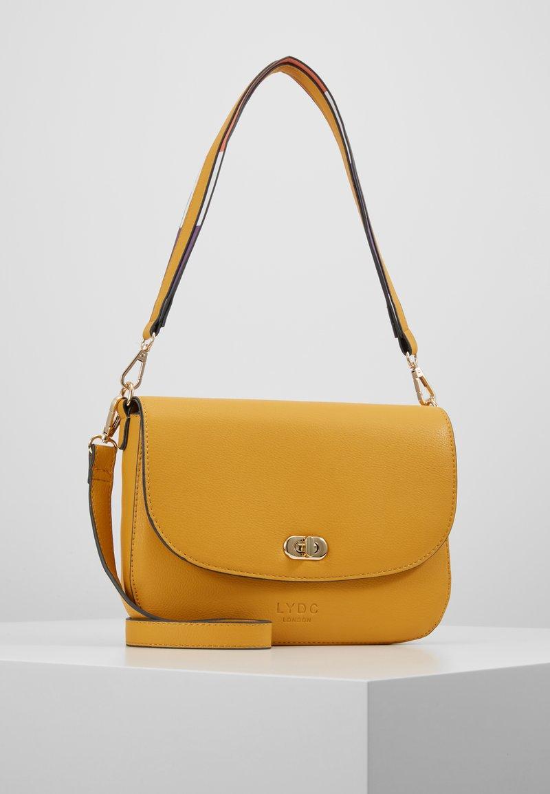 LYDC London - Handbag - yellow