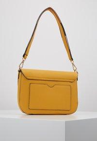 LYDC London - Handbag - yellow - 2