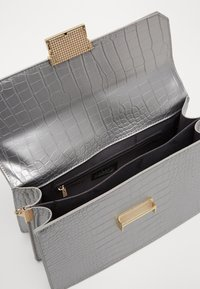LYDC London - Handbag - silver - 4