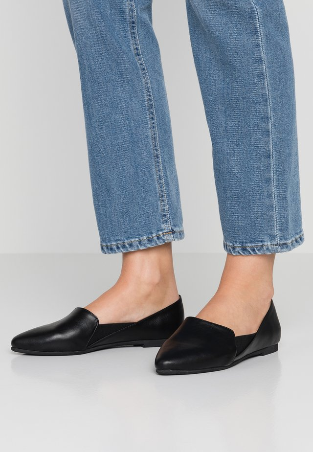 VEGAN  WESTMOUNT - Slippers - black
