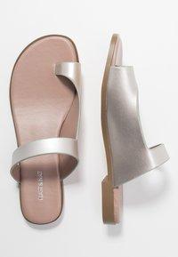 Matt & Nat - HIROE - T-bar sandals - silver - 3