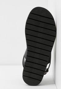 Matt & Nat - VEGAN ASHAI - Sandals - black/natural - 6