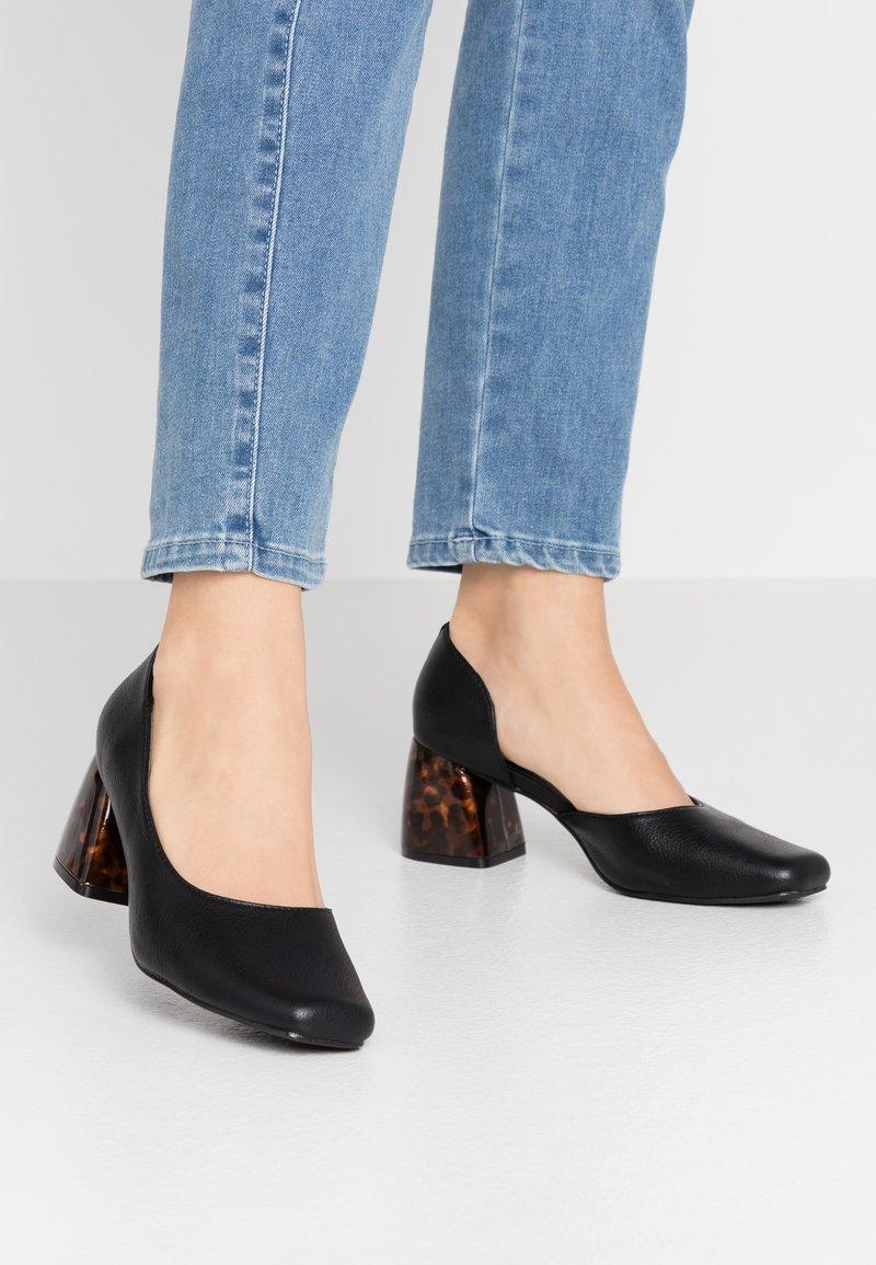 Matt & Nat - VEGAN PIKOSA - Classic heels - black