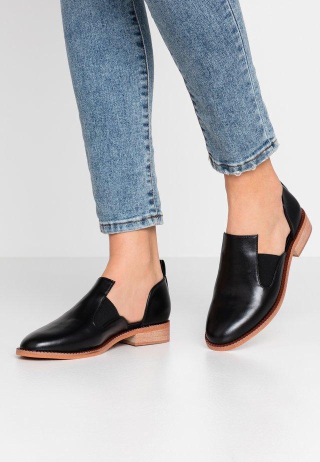 VEGAN KIKO - Nazouvací boty - black