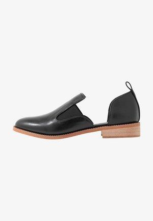 VEGAN KIKO - Slippers - black