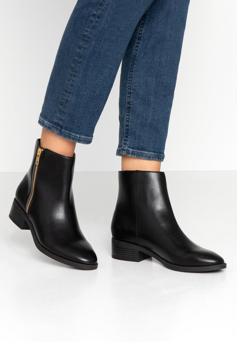 Matt & Nat - LIMAN VEGAN  - Classic ankle boots - black