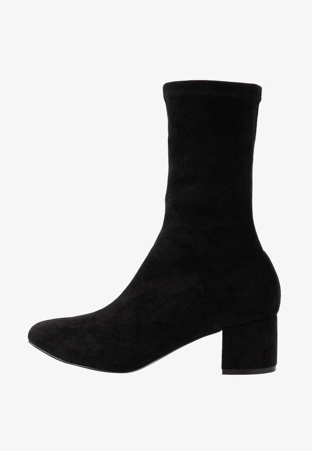ORLA VEGAN  - Classic ankle boots - black