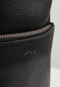 Matt & Nat - BRAVE - Plecak - black - 4