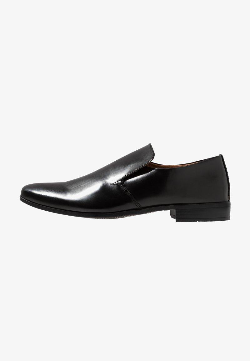 Burton Menswear London - RAYE - Smart slip-ons - black