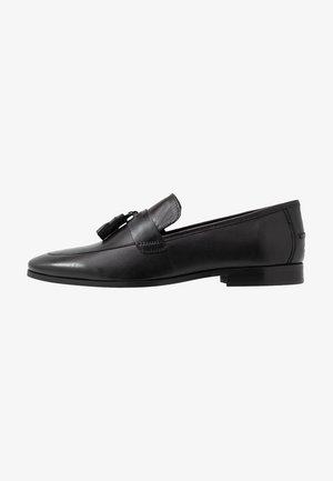 MILO TASSEL LOAFER - Slippers - black