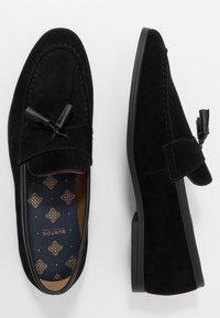 Burton Menswear London - SYLVAIN TASSEL LOAFER - Slip-ons - black - 1