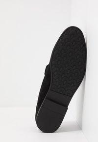 Burton Menswear London - SORREL LOAFER - Eleganckie buty - black - 4