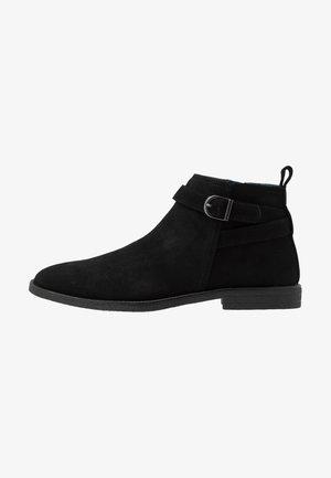 CASSIDY JODPHUR BOOT - Stövletter - black