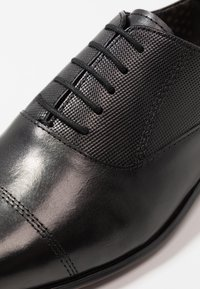 Burton Menswear London - ORIEL OXFORD - Business sko - black - 5