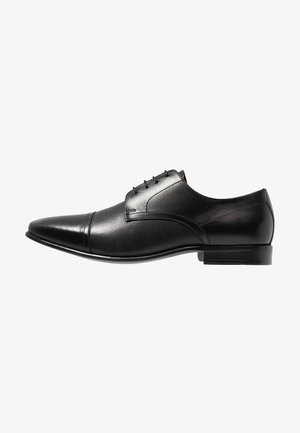 BANKS - Veterschoenen - black