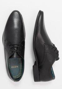 Burton Menswear London - THATCHER - Stringate eleganti - black - 1