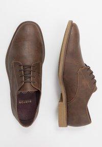 Burton Menswear London - ROLAND - Smart lace-ups - brown - 1