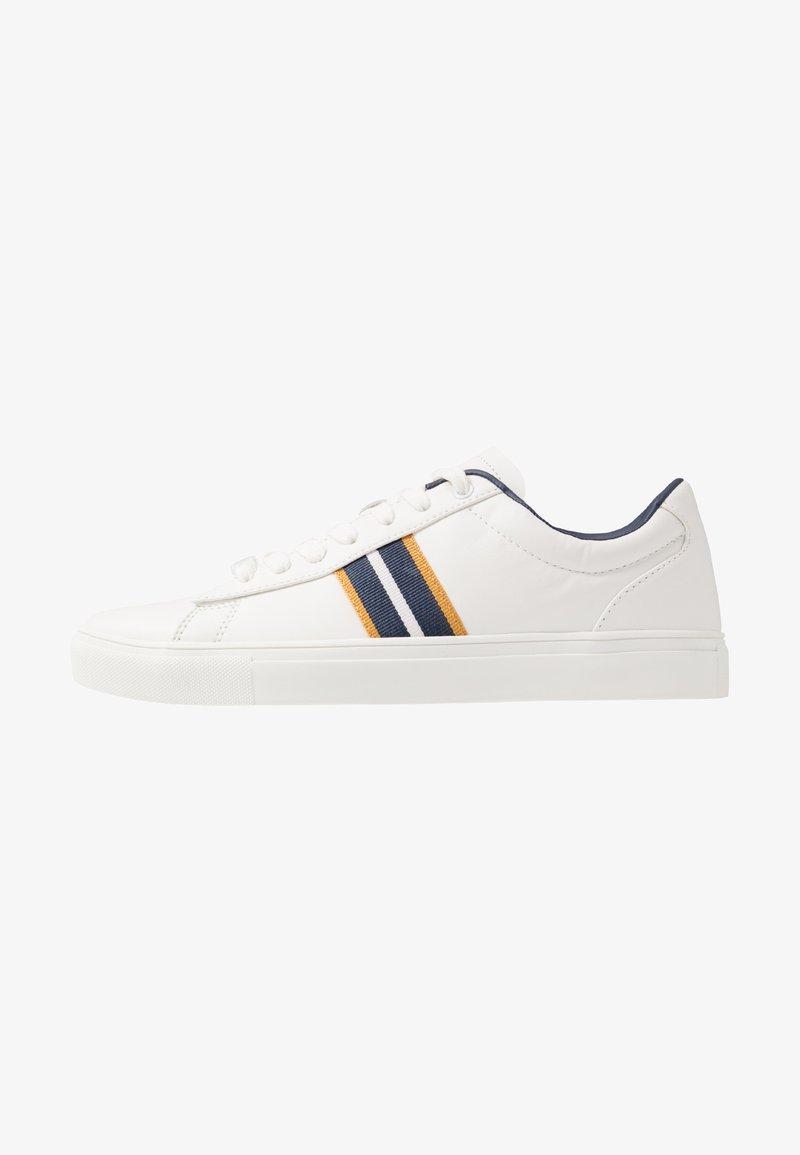 Burton Menswear London - DALE STRIPE TRAINER - Trainers - white