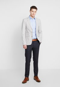 Burton Menswear London - POW CHECK BLAZER - Colbert - grey - 1