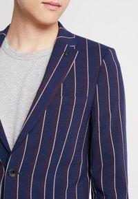 Burton Menswear London - BURG BOLD STRIPE  - Sako - navy - 5