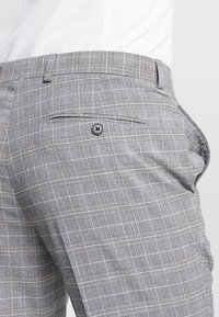 Burton Menswear London - POW CHECK  - Anzughose - light grey - 3
