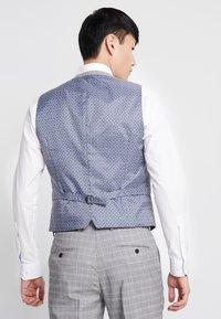 Burton Menswear London - MULTI POW CHECK - Anzugweste - light grey - 2