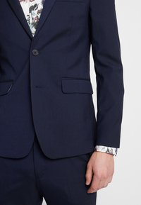 Burton Menswear London - ESSENTIAL SKINNY FIT - Colbert - navy - 5