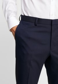 Burton Menswear London - Suit trousers - navy - 4