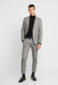 Burton Menswear London - ESSENTIAL - Kostymbyxor - grey - 1