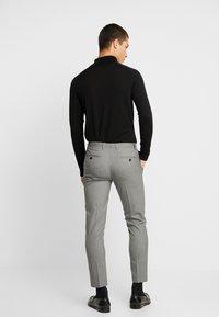 Burton Menswear London - ESSENTIAL - Kostymbyxor - grey - 2