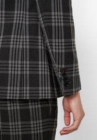Burton Menswear London - LARGE TARTAN - Giacca elegante - grey - 3