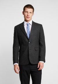 Burton Menswear London - DOGTOOTH BLAZER - Jakkesæt blazere - charcoal - 0