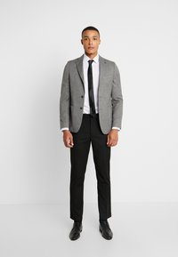 Burton Menswear London - CHALK BLAZER - Giacca elegante - grey - 1