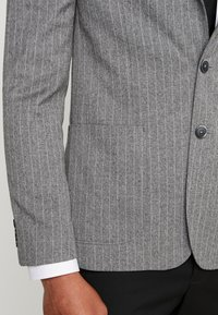 Burton Menswear London - CHALK BLAZER - Giacca elegante - grey - 5