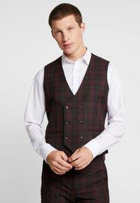 Burton Menswear London - TARTAN - Gilet elegante - red - 0