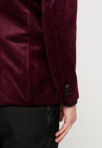 Burton Menswear London - CLARET SHAWL - Giacca - red - 3