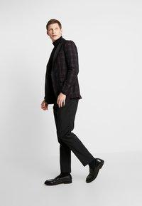 Burton Menswear London - PARTY - blazer - bordeaux - 1