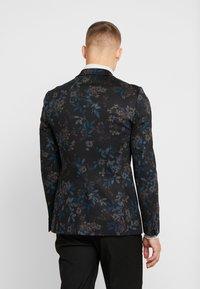Burton Menswear London - Sako - multi - 2