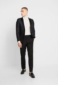 Burton Menswear London - FLORAL - Giacca - black - 1