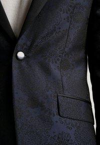 Burton Menswear London - FLORAL - Giacca - black - 5