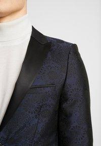 Burton Menswear London - FLORAL - Giacca - black - 3